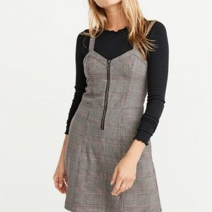 Abercrombie and fitch zip dress